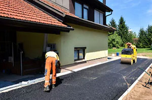 Asphalt Driveways Hawkwell UK